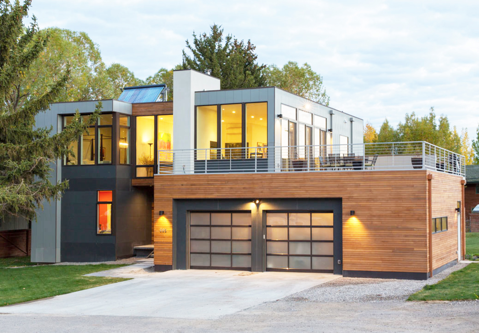 Modern Open Plan Home In Jackson Hole Reduces Construction Waste With Six  Prefab Units