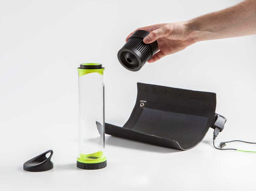 Fontus Airo, Fontus, bike, bicycle, water capture, solar energy, solar panels, water from air, resilient technology, Fontus, Kristof Retezár, solar power, solar panels, self-filling water bottle