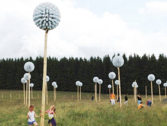 green design, eco design, sustainable design, Massif du Sancy, Recycle art, Horizons nature and art festival, Alice and David Bertizzolo, Roland Cros, nature and art