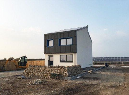 green design, eco design, sustainable design, Solcer House, energy positive house UK, Brigend Wales, solar powered house, zero carbon house