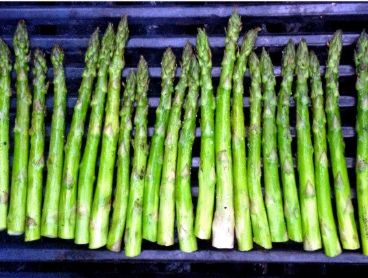 recipe, vegetarian, vegan, grill, bbq, cooking, healthy , healthy, seasonal, recipe, asparagus
