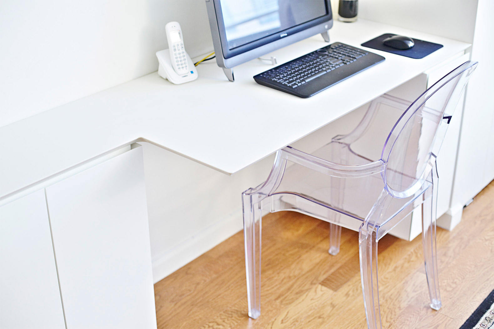 JPDA\'s smart furniture piece solves the age-old studio apartment ...