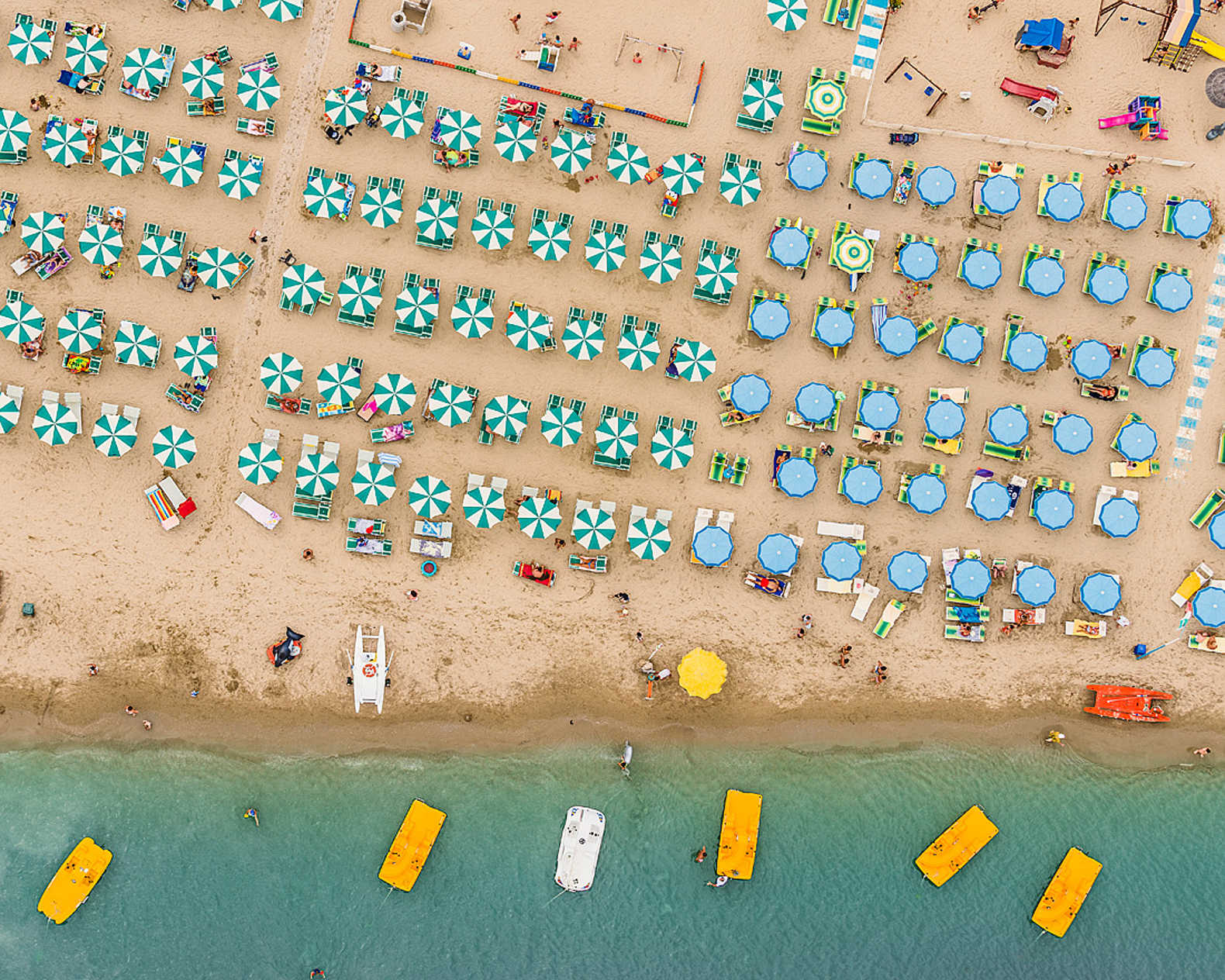 Bernhard Langs Aerial Photographs Give A Whole New Perspective On The Day At Beach