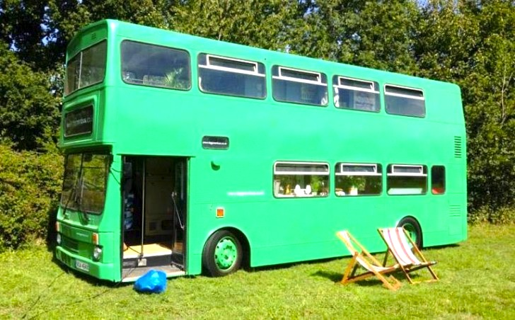 8 Buses Converted Into Gorgeous Mobile Homes Perfect For