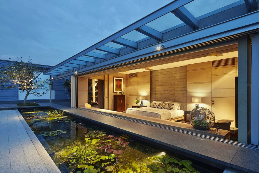 Concrete And Steel Building : Chiltern house weaves together concrete steel and raw