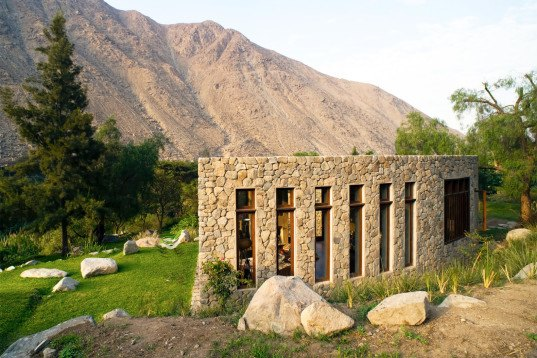 Chontay House, Andes, Marina Vella Arquitectura, Peru, locally sourced materials, natural materials, recycled wood, eucalyptus wood, land erosion, green architecture, mountain home, sustainable materials, stone house