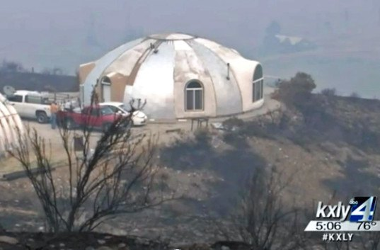 washington state concrete dome home, concrete dome house survives fire, concrete dome wildfire, concrete dome survives wall of fire, washington wildfires, concrete dome home, john belles, concrete home fire resistant, concrete home fireproof