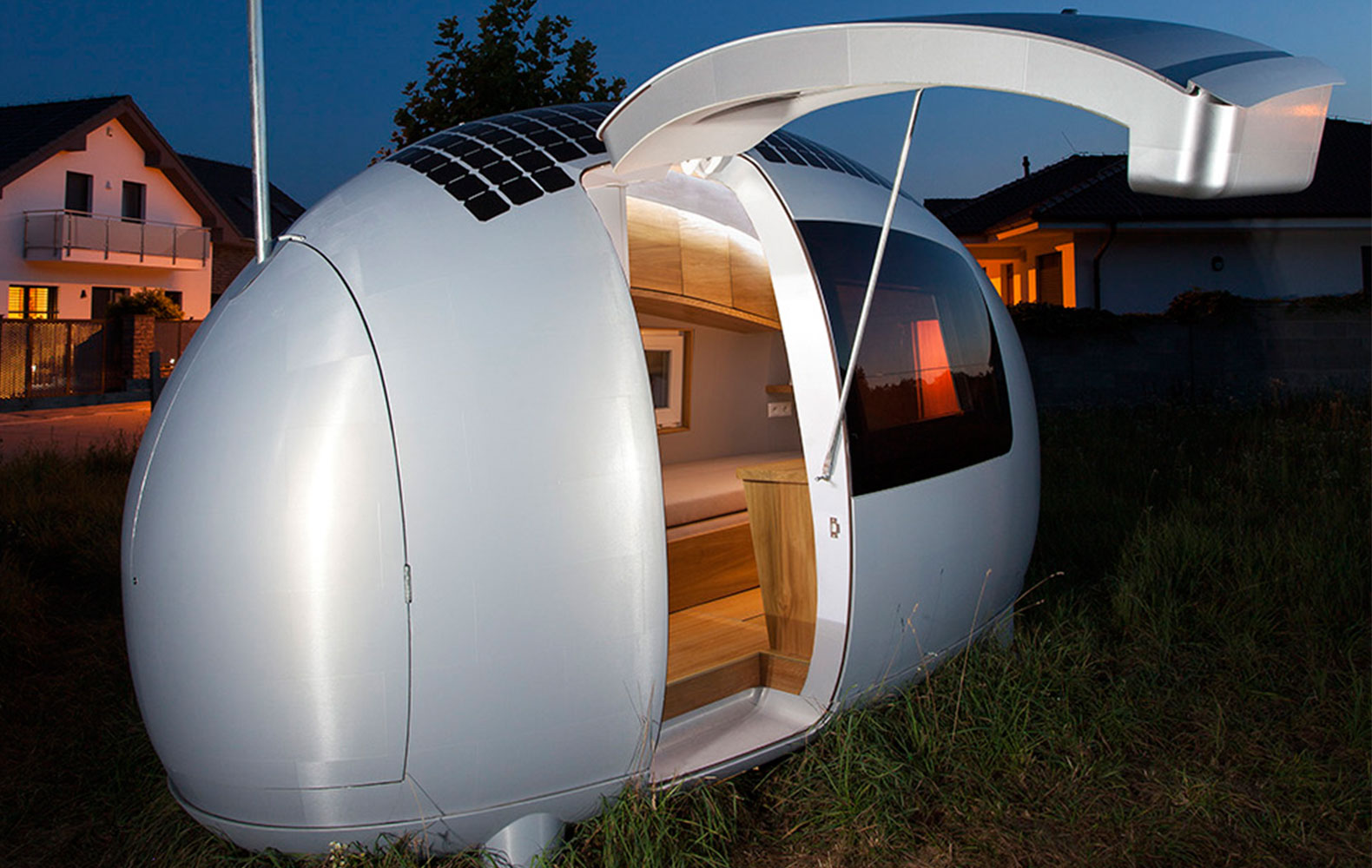 Worldu0027s First Off Grid Ecocapsule Home To Hit The Market This Year,  Shipping In 2016 Nice Architects Ecocapsule Solar Powered Off Grid Egg Home  U2013 Inhabitat ...