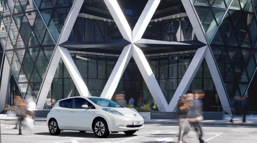 Foster Partners And Nissan Are Developing The Electric Vehicle