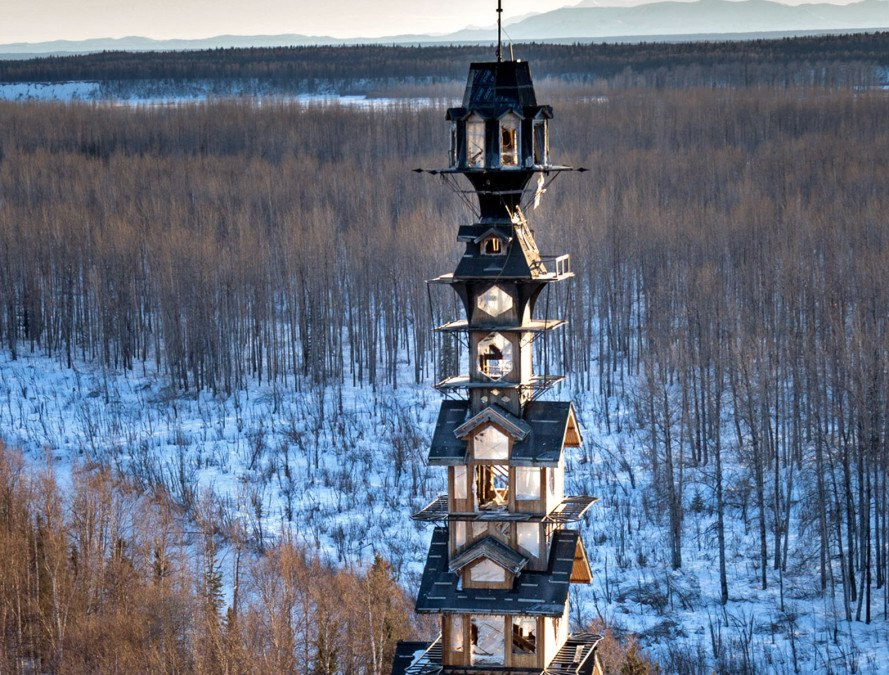 goose creek tower, dr. seuss house alaska, alaska dr. seuss house, dr. seuss looking house in alaska, alaska crazy dr. seuss style house, house in alaska, crazy house in alaska, alaskan funky multi-story house