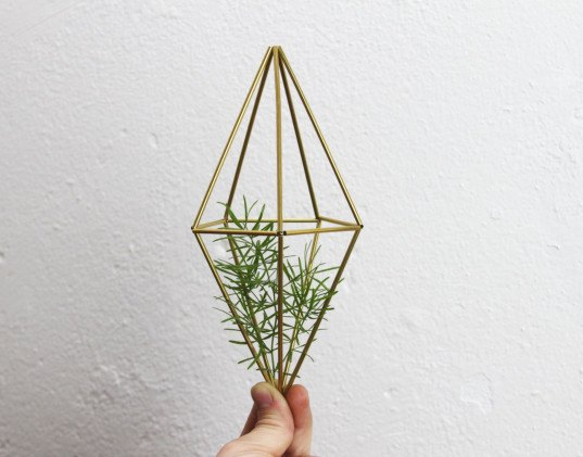 me + she, etsy, air plants, air plant mobile, air plant holder, brass air plant mobile, himmeli, brass himmeli, himmeli mobile