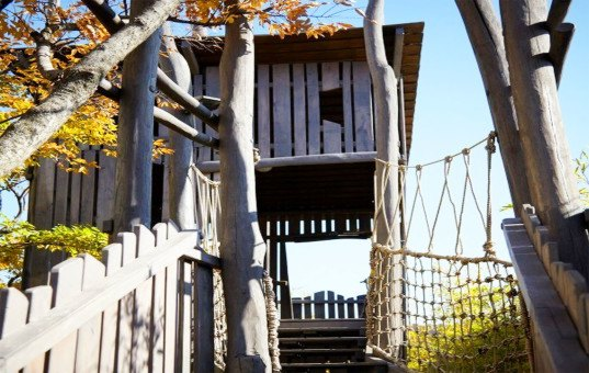 Olson Kundig Architects, Secret Garden, rooftop park, roof garden, public spaces, South Korea, treehouses, sustainable sculpture, public parks, recycled timber, salvaged materials
