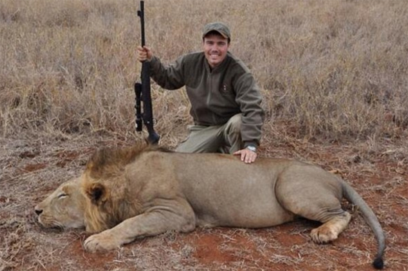 American Hunter Deletes Twitter Posts Showing His 7 And 9 Year Old Sons With The Lions They Killed