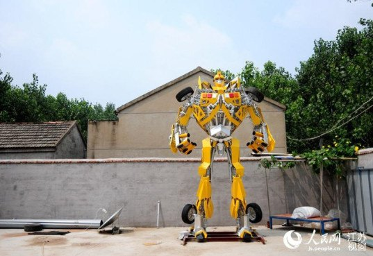 transformers, scrap metal, giant robots, chinese welder, chinese transformers, transformers model, scrap metal, upcycled car parts