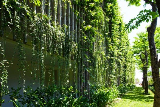 Vo Trong Nghia, Green facade, Babylon Hotel, Vietnam, luscious facade, green hotel, wrapped in tropical plants, cool green screen, private green screen, Naman Retreat Resort