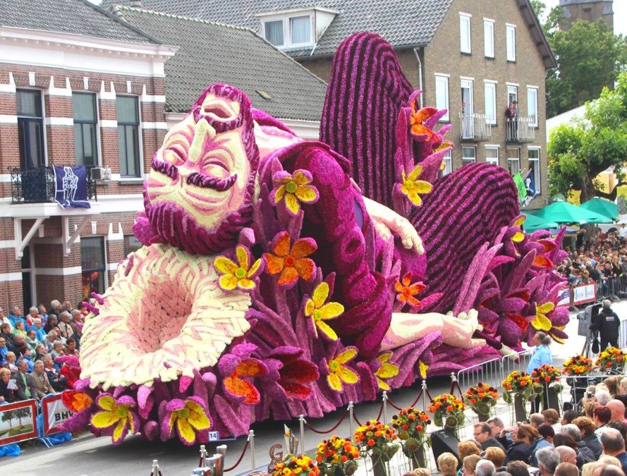 Millions Of Blooms Revive Van Gogh In Breathtaking Corso Zundert Flower Parade
