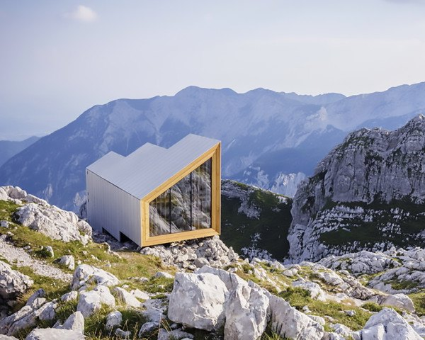 OFIS Architects, Alpine Shelter Skuta, Rieder, Harvard Graduate School of Design, AKT II, Habitation in Extreme Environments workshop, Harvard University, Alpine Shelter Skuta by OFIS Architects, alpine cabin, alpine shelter, Slovenia, triple glazed windows, glazed end walls, gable roof, modular architecture, prefab architecture, modular cabin, bivouac,