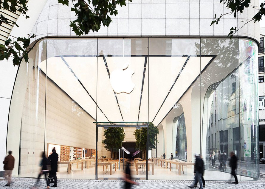 Apple unveils first store built under jonathan ive 39 s for Store building design
