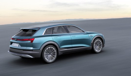 Audi, Audi e-tron quattro concept, 2015 frankfurt motor show, audi electric car, audi electric suv, tesla, tesla model s, audi q6, 2018 audi q6 e-tron, audi e-tron, green car, green suv, green transportation, electric suv, lithium-ion battery