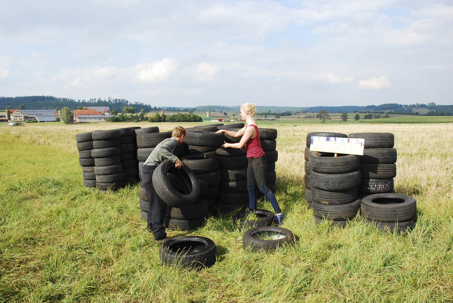 Eco Village community starts to build Germany's first Earthship