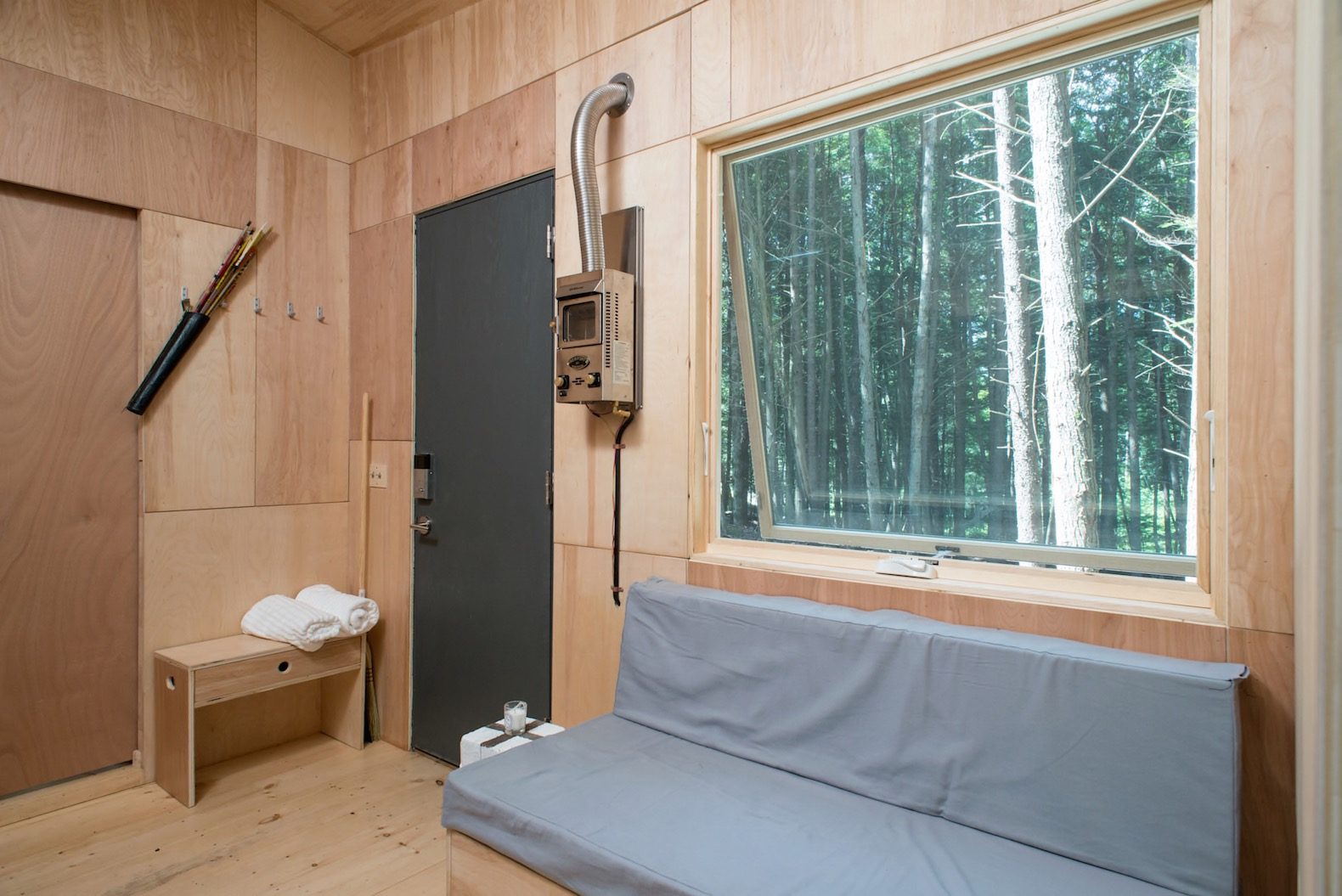 how to build an off grid tiny home