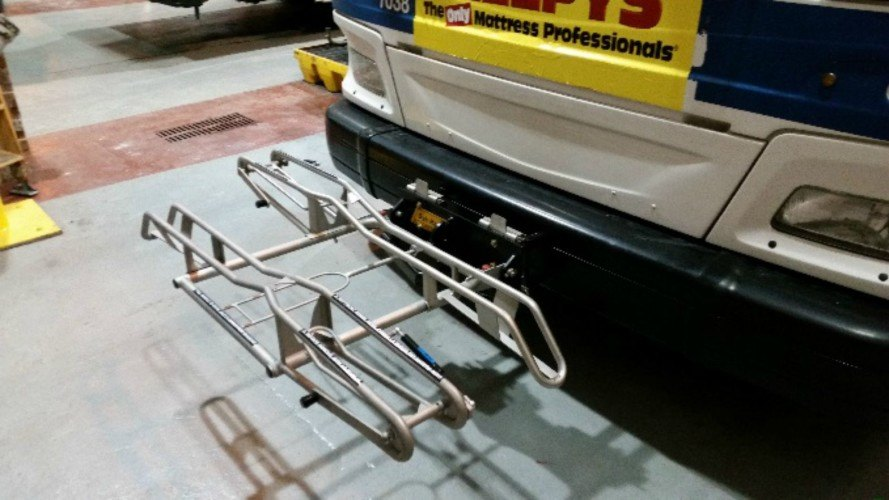 MTA announces test pilot that will equip city buses with bicycle racks