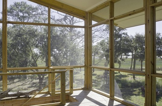 wooden house, Frank Hamon, South Carolina, affordable housing, open air, sloping roof, St Helena, natural light, solar gain, natural ventilation, green architecture
