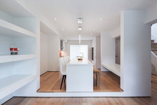 Thorax House, rzlbd, Toronto, minimalist design, biomimetic design, natural lighting, skylights, family house, green architecture, glass facade, facade design