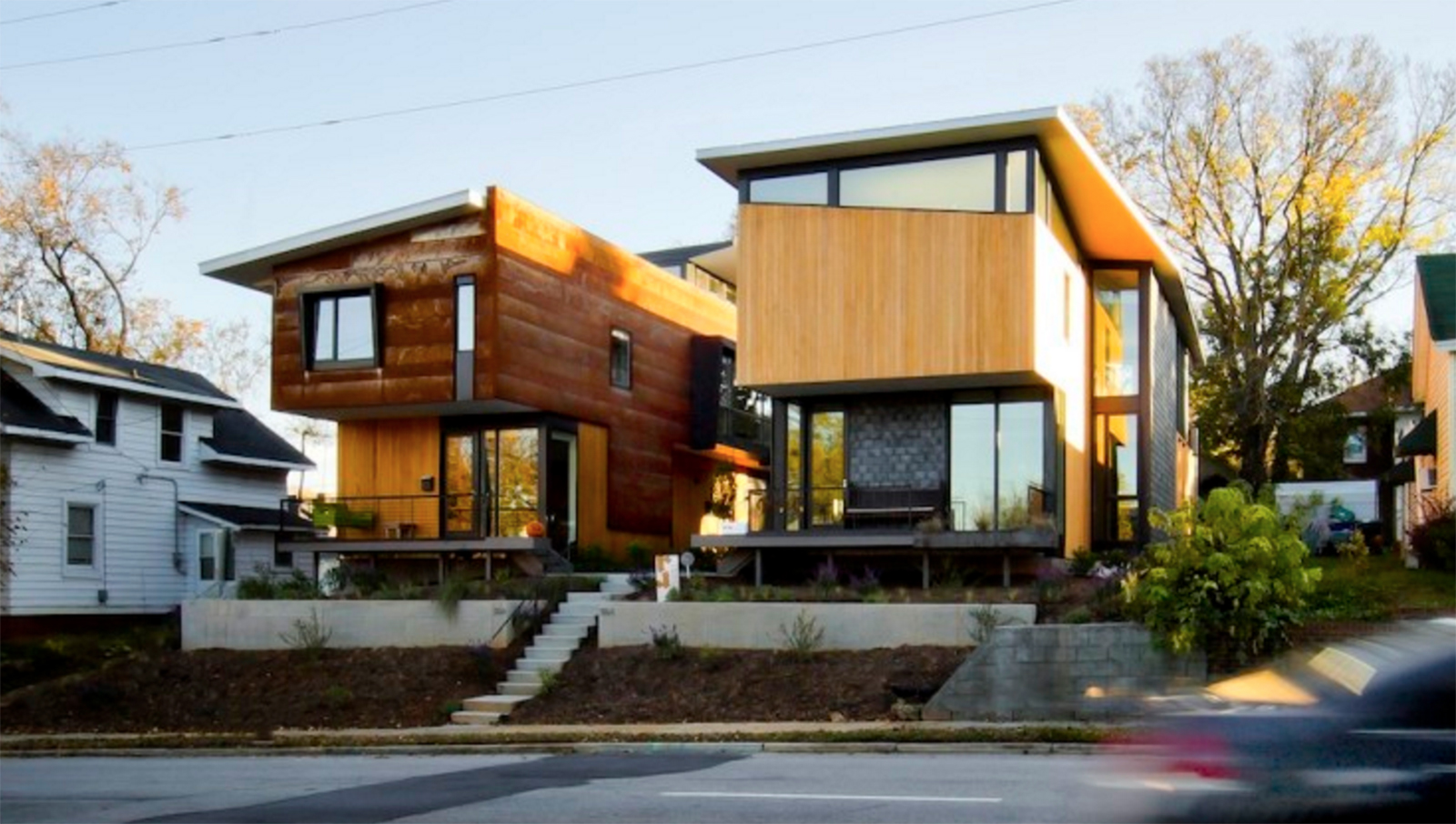 Two Compact Modern Homes Fill Challenging Empty Lots In An Old, Urban  Neighborhood