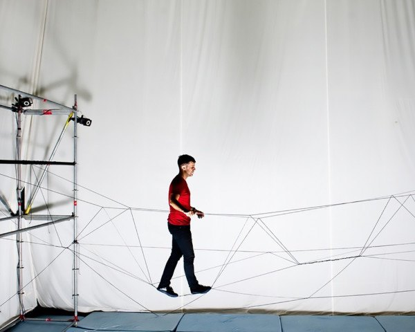 RTH Zurich Flying Machine Arena, Dyneema rope, rope bridge, drones, automated construction, drones construction, flying drones, quadcopter, ETH Zürich's institute for Dynamic Systems and Control, ETH Zürich,