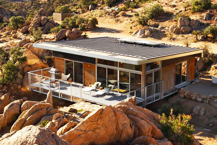 8 gorgeous eco friendly homes designed for the desert for Small energy efficient houses