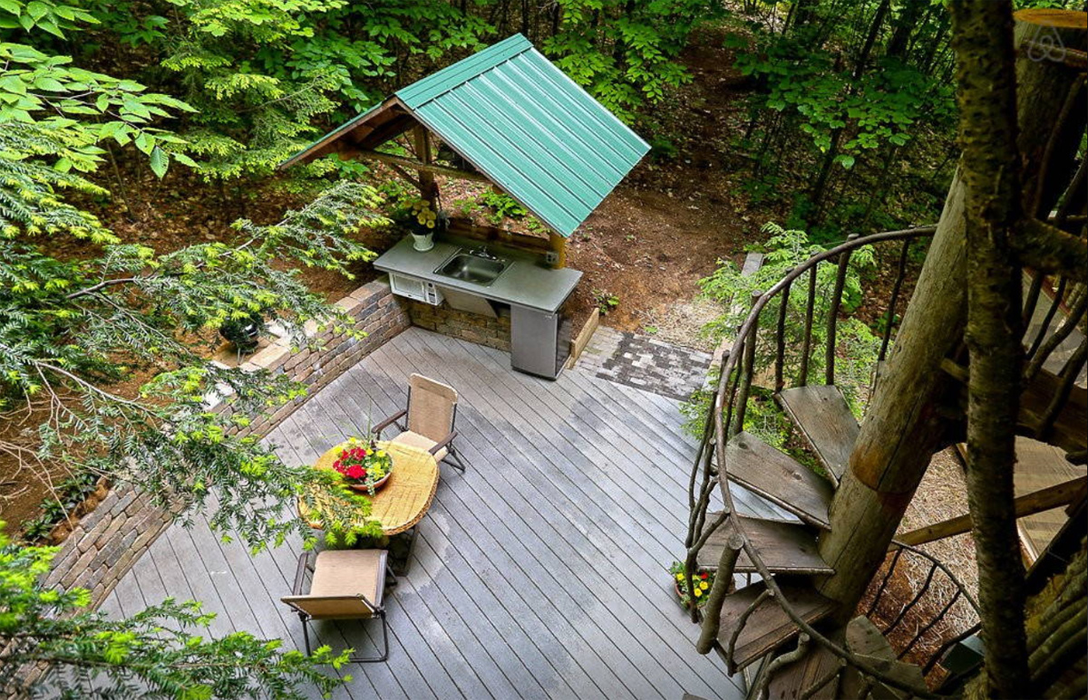 Escape to this tree house Airbnb getaway in the Adirondacks