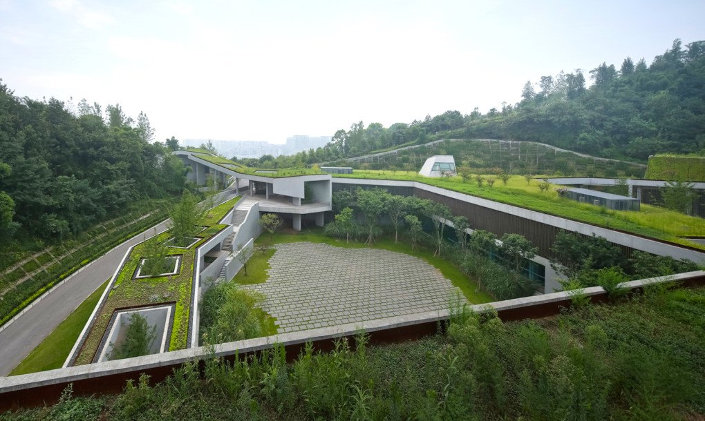 A Sprawling Green Roof Fuses This Community Center With