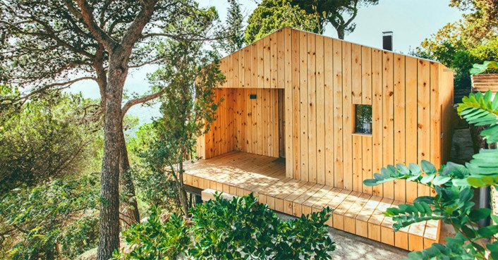 Exquisite solar-powered wooden house in Spain boasts a tiny