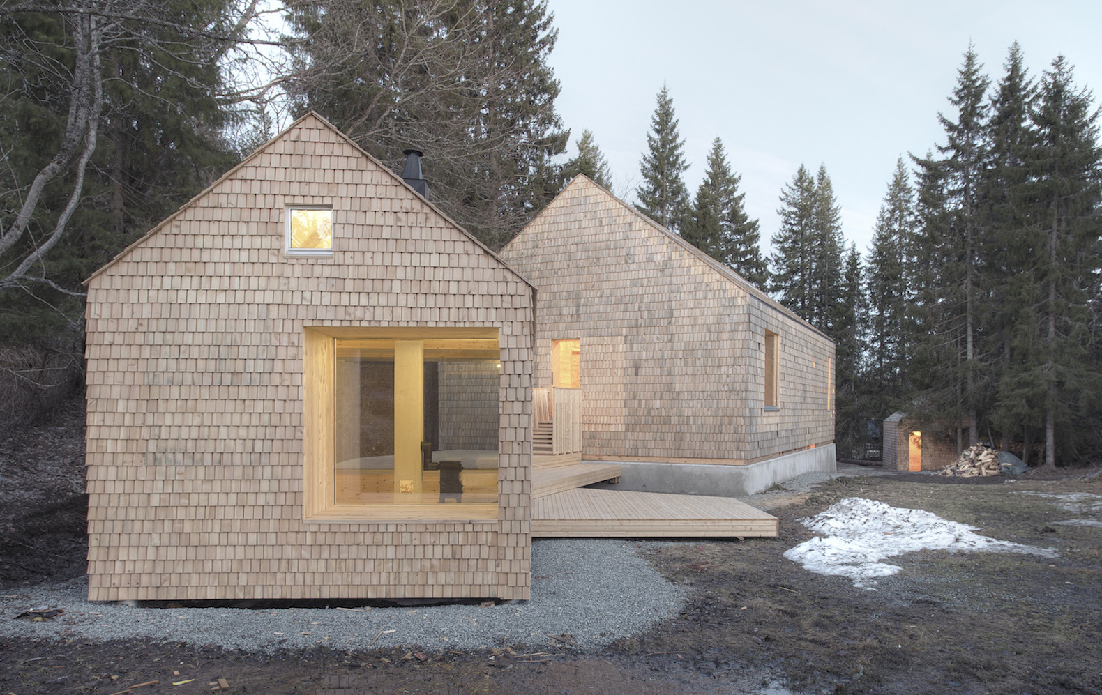 Energy efficient timber cabin is made from all natural for Energy efficient cabin