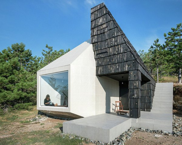 Divcibare house, Serbia, Exe Studio, vernacular architecture, traditional architecture, natural materials, locally sourced materials, timber, mountain house, sloped roof, green architecture, small houses