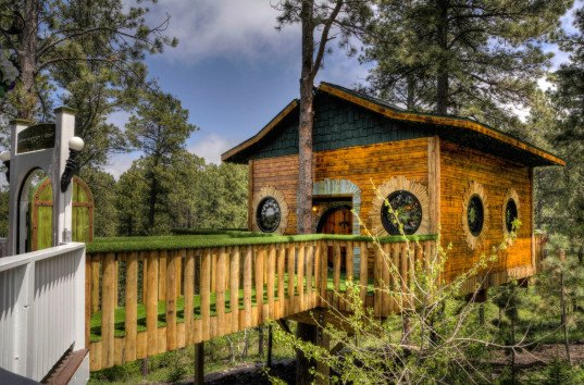 Lord of the Rings, Chateau de Soleil, Hobbit Treehouse, Hobbit, Hobbit house, Hobbit treehouse rental, treehouse, Middle Earth, Black Hills, South Dakota, vacation home,
