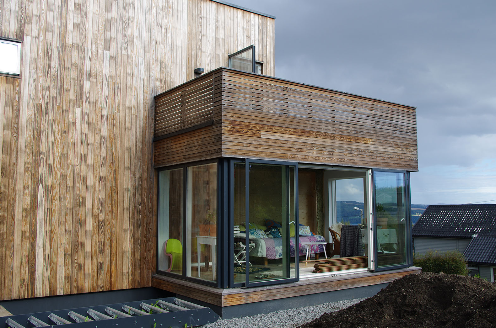 76 year old funkis home in norway gets a passive house for Funkis house