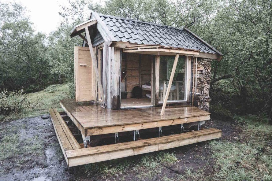 Aurora Cabin, recycled materials, reader submitted content, cabin, tiny cabin, solar power, architecture student project, design build project,