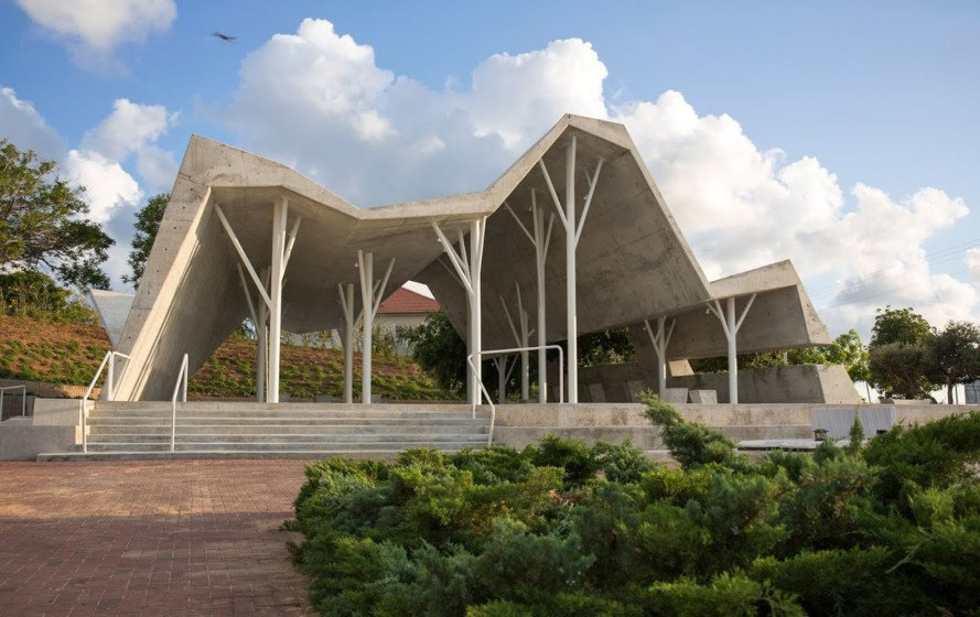 shelter, Israel, meeting space, Ron Shenkin, religious architecture, concrete canopy, cemetery, concrete slap, metal structure, metal pillars, canopy, open-space structure