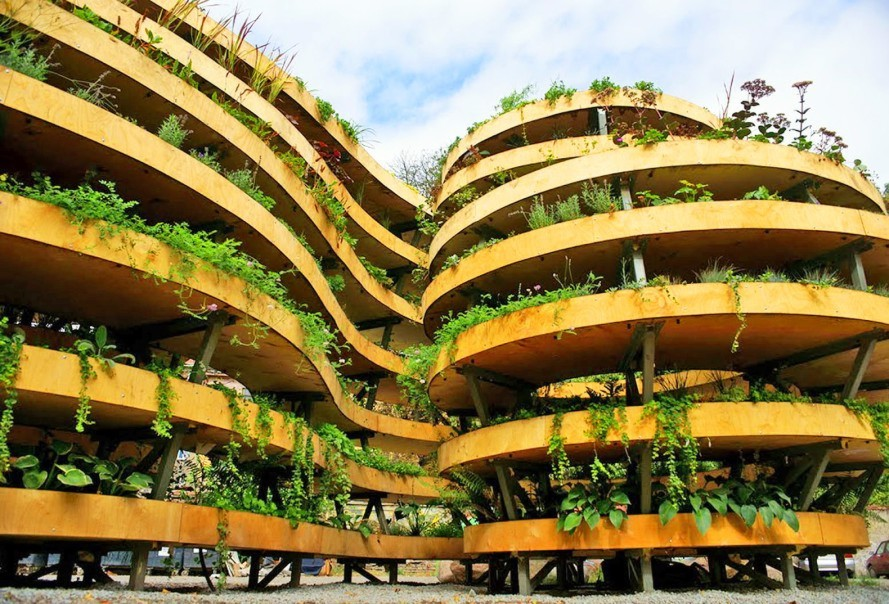 This amazing living sculpture is covered in over 3,000 plants