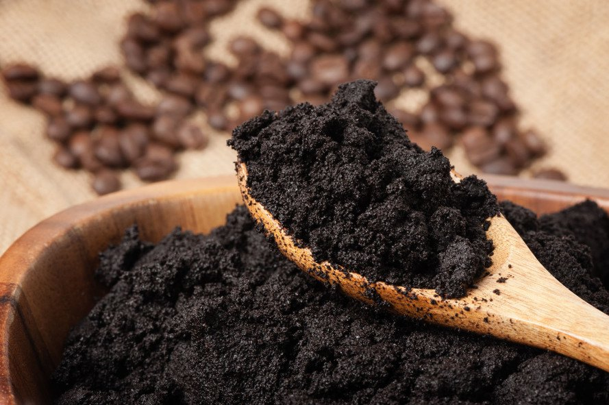 coffee, recycled coffee products, uses for coffee grounds, used coffee grounds, recycled coffee grounds, reworked furniture, s cafe clothing, Kaffeeform, carbon sponge, RITI printer, coffee printer