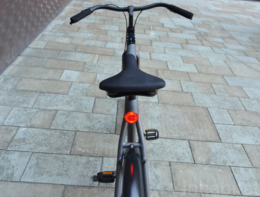 VANMOOF Electrified, VANMOOF, Electrified 3, VANMOOF Electrified review, VANMOOF Electrified test ride, electric bike, e-bike, electric bicycle, bicycles, bikes, bike, bicycle, VANMOOF Electrified 3, VANMOOF bikes, green transportation, sustainable transportation, green design, sustainable design, e-bikes
