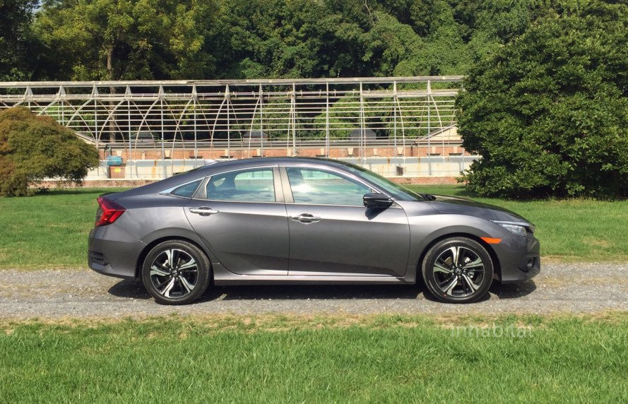inhabitat test drives the 2016 honda civic with its hybrid. Black Bedroom Furniture Sets. Home Design Ideas
