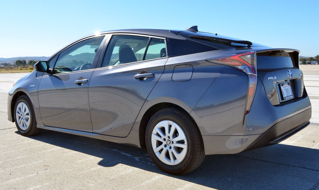the 2016 toyota prius injects new life into the world 39 s most popular hybrid car inhabitat. Black Bedroom Furniture Sets. Home Design Ideas