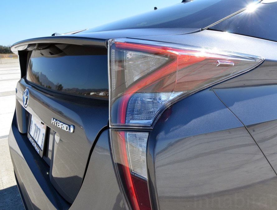 2016 Toyota Prius, Toyota Prius, Prius, Toyota, 2016 Prius, new prius, hybrid car, green car, sustainable transportation, green transportation, hybrid, gasoline electric hybrid, hybrid car, hybrid sedan