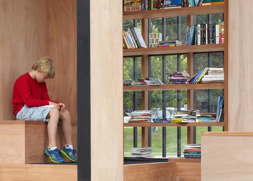 Atelier Kastelic Buffrey, Story Pod, library pod, little library, tiny library, pop up library, public reading space, solar panel, solar power, timber