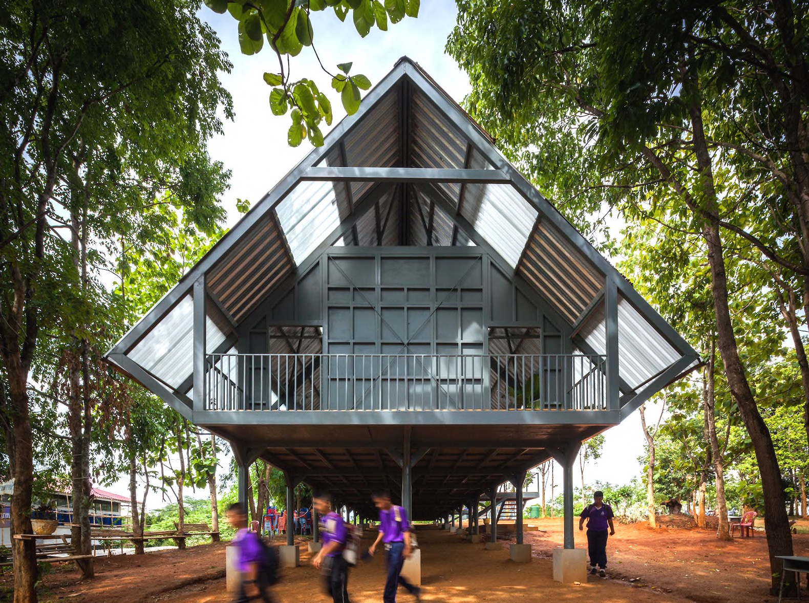 Handsome Earthquake Resistant School Uses Natural Cooling In Thailand