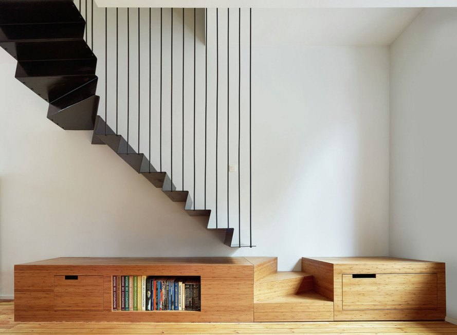 Edouard Brunet, François Martens, Maison De Tière, green renovation, Brussels, mezzanine, cantilever, apartment renovation, birch wood, small spaces, natural light
