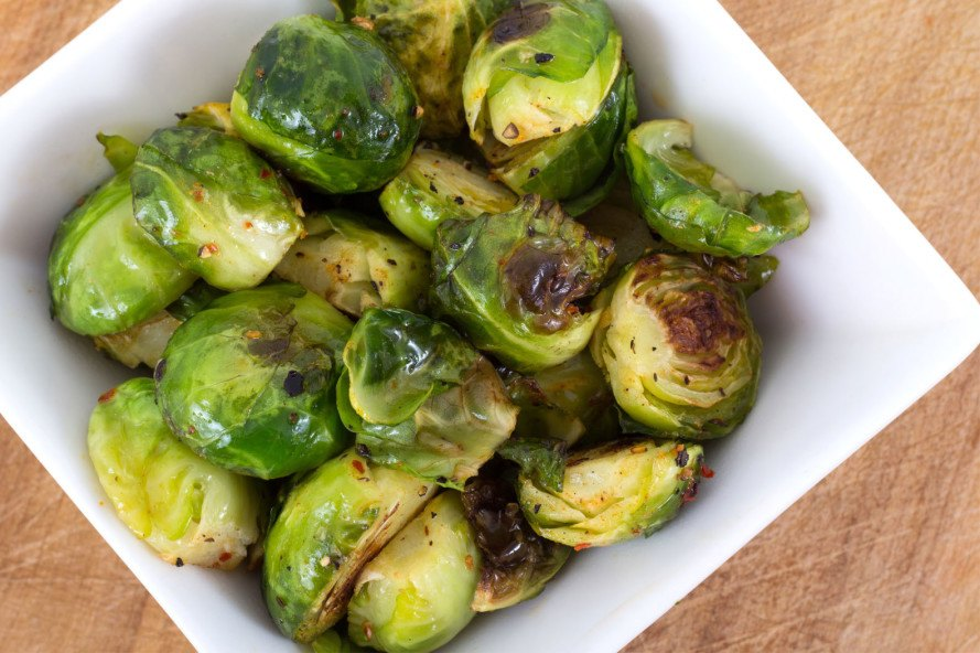 brussels sprouts, roasted brussels sprouts, thanksgiving recipes, inhabitat thanksgiving, vegan thanksgiving recipes, vegetarian thanksgiving recipes, vegan food, vegan holiday, inhabitat holiday, sustainable food, paleo thanksgiving, paleo diet